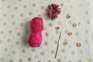 Button center crochet flower tutorial with GamerCrafting