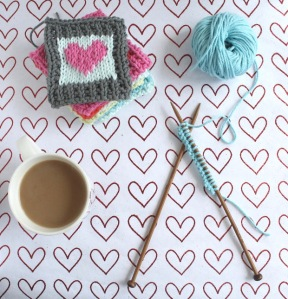 Cotton Heart: a free blanket square knitting pattern for summer by GamerCrafting