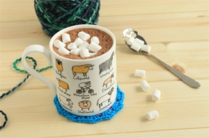 Hot chocolate in a sheep mug with marshmallows: read more about the worst day ever on GamerCrafting